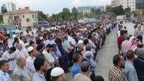 SİSTEMATİK İŞKENCE - Şanlıurfalılar Mursi İçin Rabia Meydanı'na Koştu