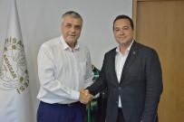 Akhisarspor'un Geleceği İçin İki Başkan El Sıkıştı