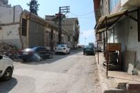 ETILER - Gaziantep'te Akrabaların Bıçaklı Kavgası Kanlı Bitti Açıklaması 2 Yaralı