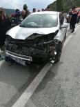 Kargı'da Trafik Kazası Açıklaması 2 Yaralı