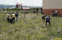 Karlıova'da Temizlik Seferberliği, 5 Kamyon Çöp Toplandı