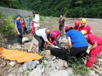 Trabzon'un Araklı İlçesindeki Selde Ölü Sayısı 5'E Yükseldi