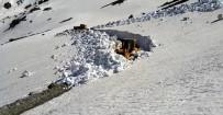 BALıKLı GÖL - Bayburt'ta Haziran Ayında Yayla Yollarında Karla Mücadele
