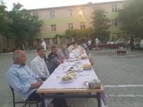 Çınar'da Öğrenciler İftarda Buluştu