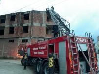 Edirne'de İnşaatın Çatısında Yangın