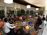 ÇAM SAKıZı - Karakoç'tan Diyarbakırspor'a Yemek Ve Şampiyonluk Primi
