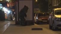 FÜNYE - Kars'ta Otobüs Durağına Bırakılan Şüpheli Çanta Fünye İle Patlatıldı