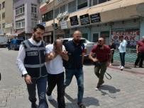 SAHTE KİMLİK - Milyon Liralık Cezayla Aranan Suç Makinesi Yakalandı