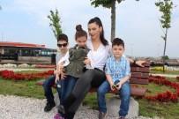 3 Çocuk Annesi Rock Star