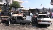 SIGARA - Adana'da İki Hurda Otomobil Yandı
