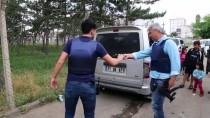 Hırsızlık Zanlılarının Polise Ateş Açıp Kaçması