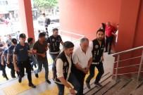 Kocaeli'de Gözaltına Alınan 33 Kişilik İhale Çetesinden 16 Şahıs Adliyeye Sevk Edildi