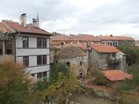 RESTORASYON - Kütahya Belediyesi'nden Darülkurra'da Restarasyon Çalışması