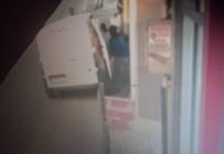 (Özel) Sancaktepe'de Hırsızların Yoldan Geçenlere Aldırmadan Atölyeyi Soyduğu Anlar Kamerada
