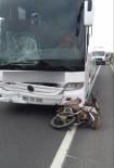 Yolcu Otobüsü Motosiklete Çarptı Açıklaması 1 Ölü