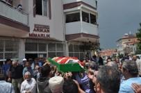 EROL TANRıKULU - Afyon'daki Kaza Kurşunu Kurbanları Toprağa Verildi