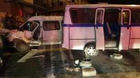 Alaşehir'de İşçi Minibüsünün Freni Patladı Açıklaması 13 Yaralı