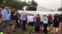 Antalya'da Yolcu Otobüsü Devrildi Açıklaması 20 Yaralı