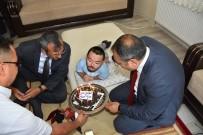 Engelli Gence Vali Ve Müdürden Doğum Günü Sürprizi