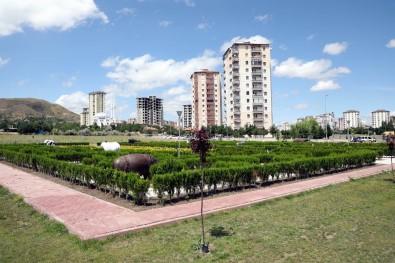 Melikgazi Belediye Başkanı Palancıoğlu Açıklaması 'Çocuklara Özel Labirent Parkımız Tamamlanmak Üzere'