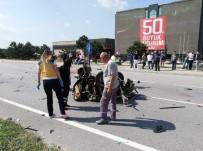 HIKMET ŞAHIN - Ortadan İkiye Ayrılan Otomobilde Ölen 2 Kişinin Kimlikleri Belli Oldu