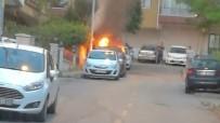 Park Halindeki Otomobil Kundaklandı