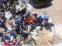 DAĞLıCA - Bisikletiyle Suya Uçan Gencin Cansız Bedenine Ulaşıldı