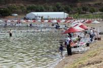 Tatilciler Seçime Gitti, Doğunun Gizli Denizi 'Hazar' Boşaldı