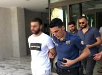 BARBAROS HAYRETTİN PAŞA - Misafirliğe Gittiği Evde Arkadaşını Bıçakladı