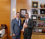 AK PARTI - Ahlatçı'dan Rektör Öztürk'e Kutlama Ziyareti