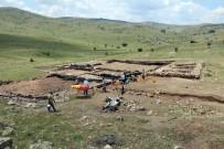 Arkeolojik Kazıda 'Testi Kebap' İzledi