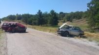 Ehliyetsiz Sürücüler Kafa Kafaya Çarpıştı Açıklaması 2 Yaralı