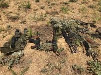 Hakkari'deki Terör Operasyonlarında Silah Ve Mühimmat Ele Geçirildi