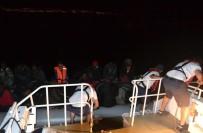 FILISTIN - Kuşadası'nda 18'İ Çocuk 38 Kaçak Göçmen Yakalandı