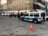 GÜVENLİK GÖREVLİSİ - Başkent'te Eğlence Mekanına Tüfek Ve Tabancayla Saldırı Açıklaması 3 Yaralı