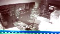 Elazığ'da Hırsızlık Anı Kameraya Yansıdı