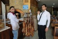 Siirtlileri Uykularından Ettiren Lezzet Açıklaması Büryan Kebabı