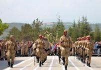 JANDARMA GENEL KOMUTANLIĞI - Yeni Kanunla Askerlik Süresi 6 Ay, Bedelli Askerlik İse 1 Ay