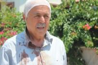 SOKAK KÖPEKLERİ - Manavgat'ta Sokak Köpeklerinin Saldırdığı Yaşlı Adam Hastanelik Oldu