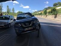 (Özel) 15 Temmuz Şehitler Köprüsü Bağlantı Yolunda İlginç Kaza