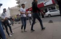 (Özel) Sultanbeyli'de Gençlerin Bıçaklı Kavgası Açıklaması 1 Yaralı