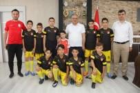 Başkan Öztürk, Yahyalı Spor Okulu'nu Makamında Kabul Etti