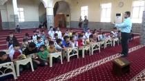 Oyun Oynayarak Kur'an Öğreniyorlar
