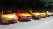 YANKESİCİLİK VE DOLANDIRICILIK BÜRO AMİRLİĞİ - Turistleri Dolandıran Taksi Çetesine Operasyon Açıklaması 23 Gözaltı