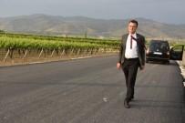 Başkan Öküzcüoğlu Alaşehir'in Yolları İçin Kolları Sıvadı