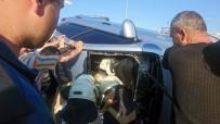 D-100 Karayolunda Bariyerlerde Asılı Kalan Otomobilde Sıkıştı