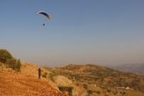 Şırnak'ta İlk Defa Yamaç Paraşütü Hedef Yarışması Yapıldı