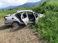 15 Yaşındaki Sürücü Kaza Yaptı Açıklaması 3 Yaralı