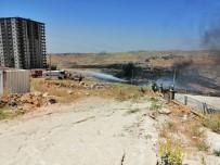 ANIZ YANGINI - Anız Yangınına TOMA'lar Müdahale Etti