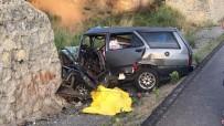 KALP MASAJI - Vatandaşların Kalp Masajı Yaptığı Sürücü Hayatını Kaybetti